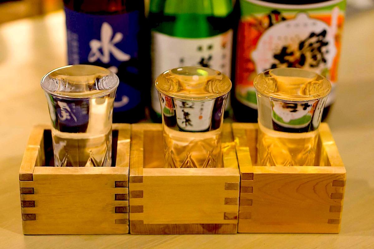 長野の地酒の飲み比べが可能